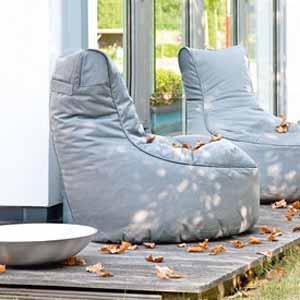 wetterfeste sitzsack lounge f r verl ngerte sommer. Black Bedroom Furniture Sets. Home Design Ideas