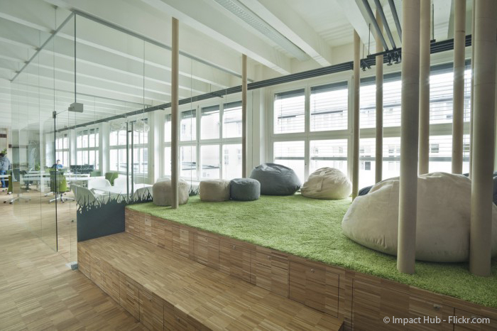 Chillout Lounge in einer Schule - perfekter Pausenraum
